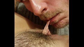 Напялив чулочки, eva berger заслужила кровавую порно с двойным проникновением